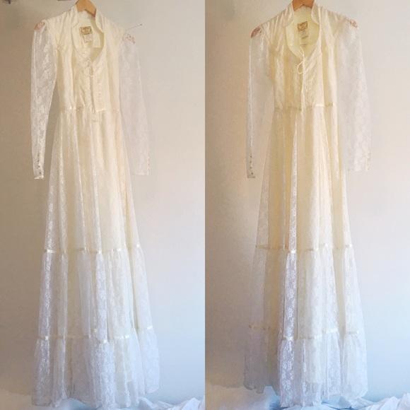 afdaa5ddaf3 Jessica McClintock Vintage Gunne Sax Wedding dress.  M 5a48845933162769ea1920d5